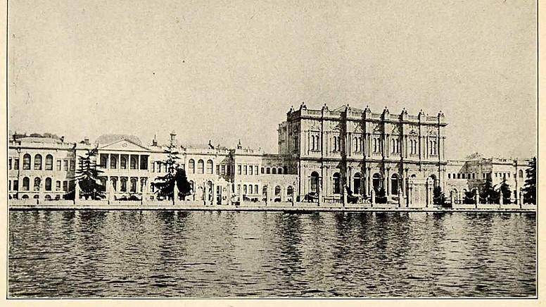 1. Dolmabahçe Sarayı