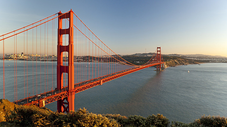 1. Golden Gate Bridge - San Francisco, ABD