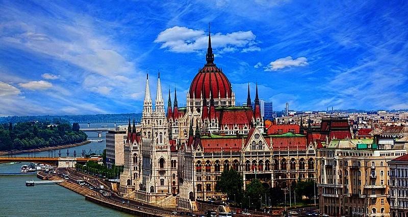 Bir Orta Çağ Büyüsü : Orta Avrupa Turu..