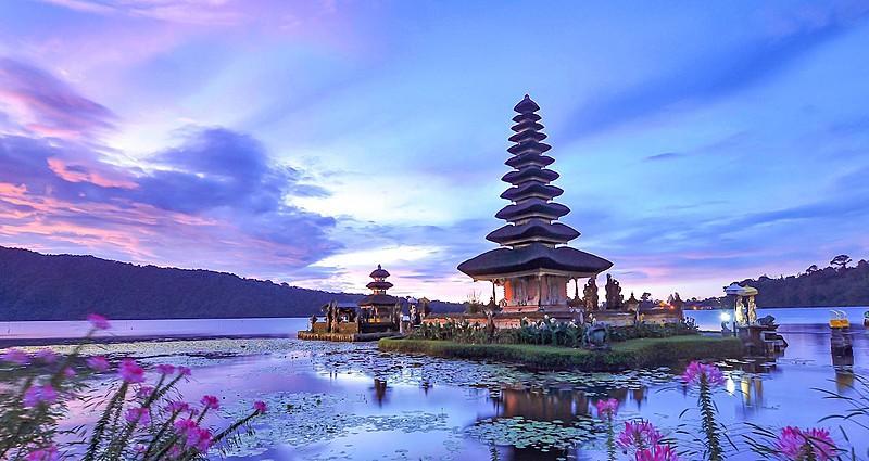 Endonezya'da Bir Cennet Adası: Bali..