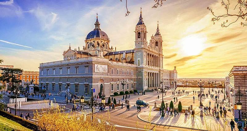 Madrid Turu ve Önemli Gezi Rotaları