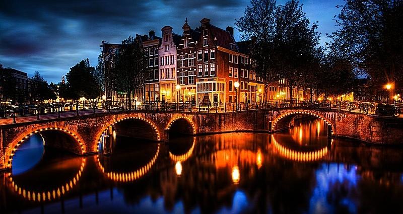 Üç Farklı Ülke, Tek Bir Tur: Benelux Turu