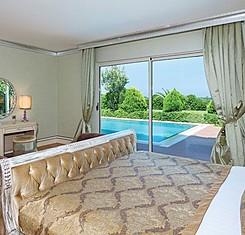 Miami, Dubai, ST Tropez Villa