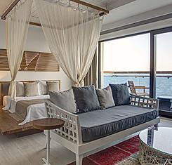 Superior Deniz Manzaralı Oda