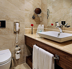 Main & Garden Standard Rooms