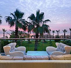 Royal Dublex Beachfront Villas