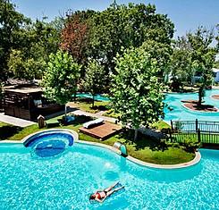 Göl Evi Havuz Manzaralı