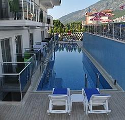 Swim Up Pool Alt Kat Oda