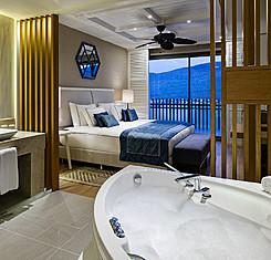 Standart Deniz Manzaralı Oda