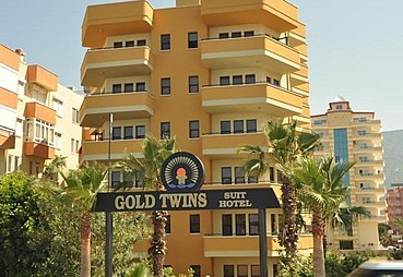 Gold Twins Suit Hotel