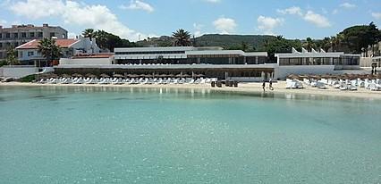 A11 Hotel Çeşme Havuz / Deniz