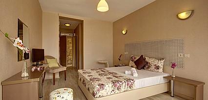 A11 Hotel Çeşme Oda