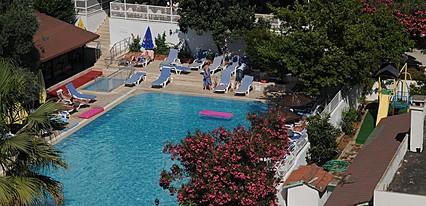 Adler Otel Havuz / Deniz