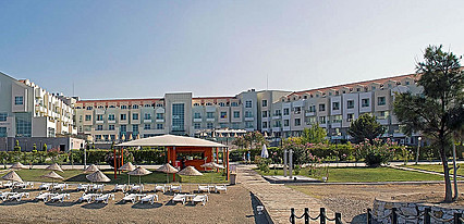 Adrina Termal Health & Spa Hotel Havuz / Deniz