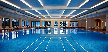 Akra V Hotel Havuz / Deniz
