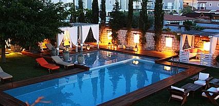 Alacati Cadde 75 Luxury Havuz / Deniz