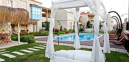 Alacati Marina Palace Butik Hotel Genel Görünüm