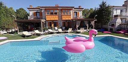 Alaçatı Seven Rooms Havuz / Deniz