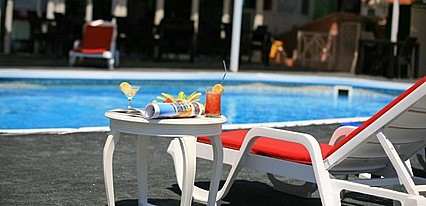 Alder Hotel Havuz / Deniz