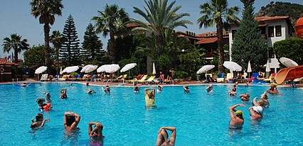 Alize Otel Havuz / Deniz