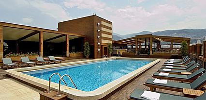 Almira Otel Havuz / Deniz