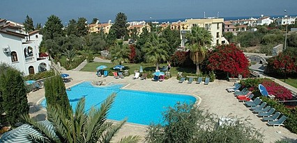 Altinkaya Holiday Resort Havuz / Deniz