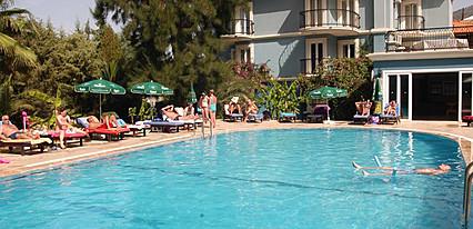 Antas Deluxe Aparts Havuz / Deniz