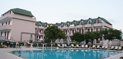 Ares Hotel Kemer Havuz / Deniz