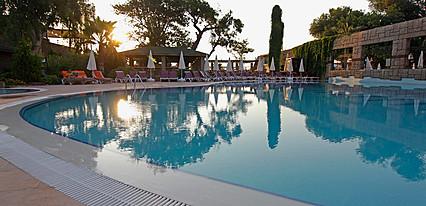 Armas Gul Beach Hotel Havuz / Deniz
