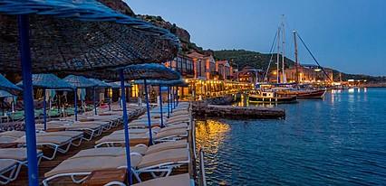 Assos Nazlihan Hotel Havuz / Deniz