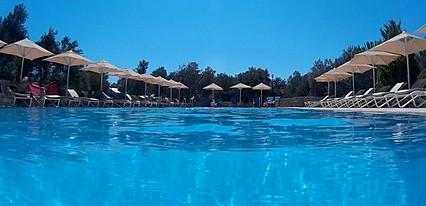 Assos Park Hotel Havuz / Deniz