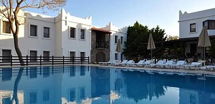 Atrium Hotel Havuz / Deniz