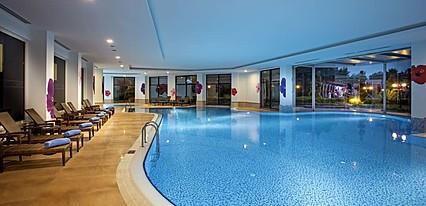 Avantgarde Hotel & Resort Havuz / Deniz
