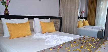 Ayvalık Elisa Otel Oda