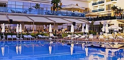 Azura Deluxe Resort Spa Hotel Havuz / Deniz