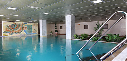 Balçova Termal Otel Havuz / Deniz