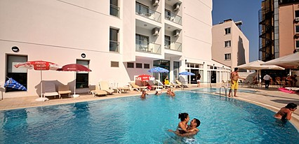 Balım Hotel Havuz / Deniz