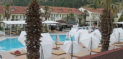 Barika Park Termal Otel Havuz / Deniz