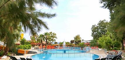 Bayar Garden Tatil Köyü Havuz / Deniz