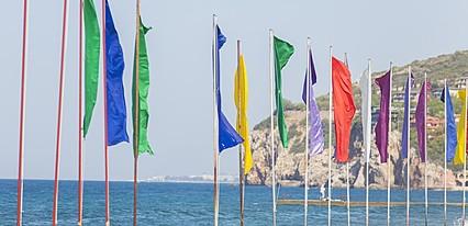 Beach Club Doğanay Havuz / Deniz