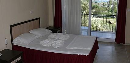Benan Hotel Oda