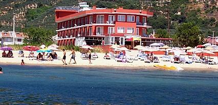 Benan Hotel Havuz / Deniz