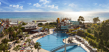 Bera Alanya Otel Havuz / Deniz