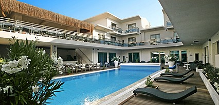 Best Western Plus Cesme Hotel Havuz / Deniz