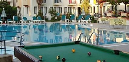 Bezay Hotel Havuz / Deniz