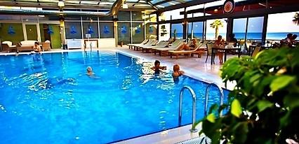 Blue World Hotel Kumburgaz Havuz / Deniz