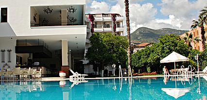 Boulevard Hotel Havuz / Deniz