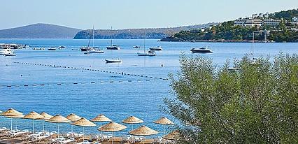 Cape Bodrum Beach Resort Havuz / Deniz