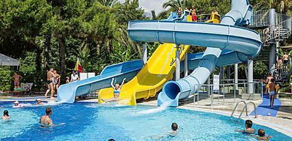 Catamaran Resort Hotel Havuz / Deniz