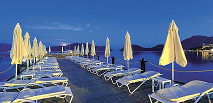 Cettia Beach Resort Hotel Havuz / Deniz